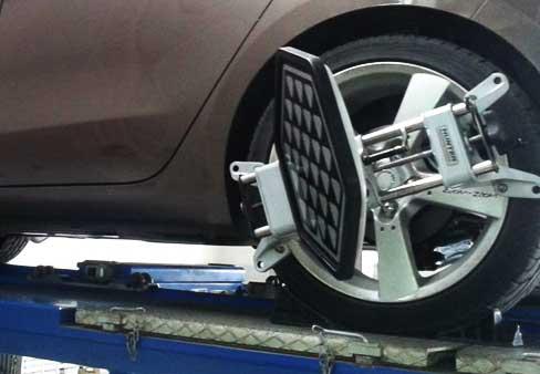 Регулировка углов установки колес на Опель Корса