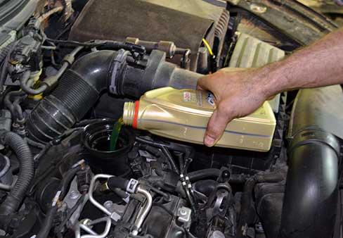 Замена масла в двигателе на Chevrolet Lanos